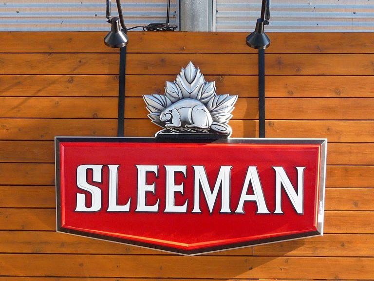 Enseigne brasserie Sleeman, 3d, sculptée - Montréal